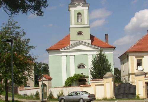 Internet Kšely demontováno z kostela a přesunuto